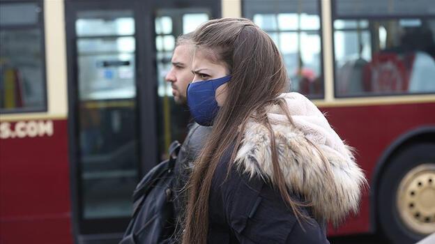 Son dakika: Maskeleri çıkarmışlardı! Delta alarmı ülkeyi sardı