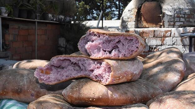 Kırmızı patatesin ekmeğini, tatlısını, makarnasını yaptılar