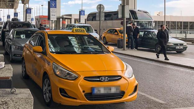 Taksimetre krizi! İstanbul'da 400 taksi bağlandı