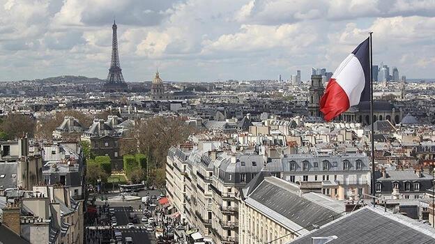 Fransa'da, El-Kaide tehdidi nedeniyle terör alarmı verildi