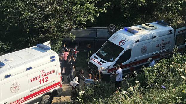 Kastamonu'da tarım işçilerini taşıyan minibüs devrildi: 1 ölü, 7  yaralı