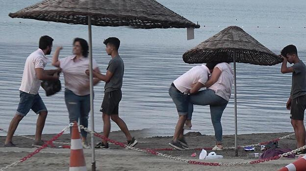 Marmaris'teki plajda tekme- tokat kavga! Anbean görüntülendi