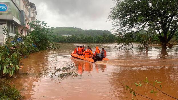 Hindistan'da muson felaketi