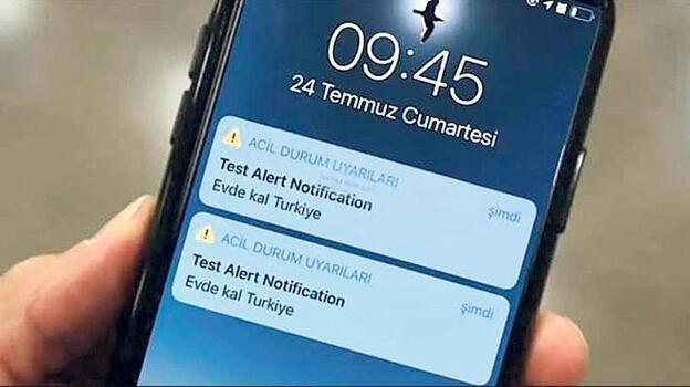 iPhone'lara gizemli mesaj: 'Evde kal Türkiye'