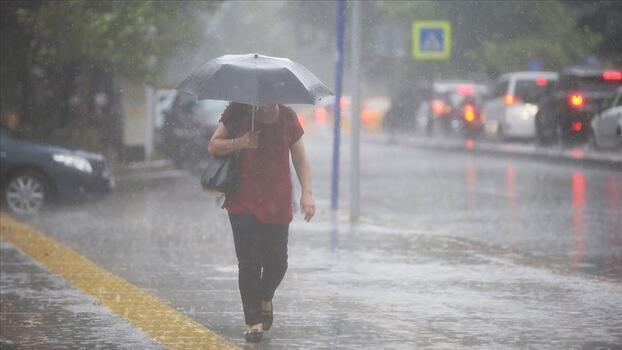 Son dakika... Bu bölgelerde yaşayanlar dikkat! Sağanak yağış uyarısı geldi
