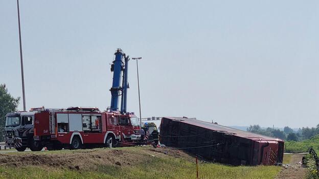 Hırvatistan'da otobüs devrildi: 10 ölü