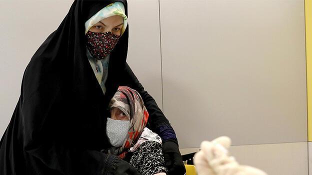 İran'da son 24 saatte 268 kişi hayatını kaybetti