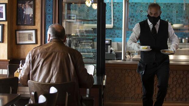 Restoran işletmecilerinden 'müşteri ve çalışanlar için aşı zorunluluğu' talebi