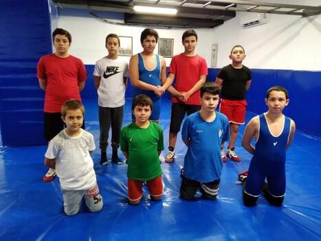 Manavgat Belediyesi'nden genç pehlivanlara güreş kursu