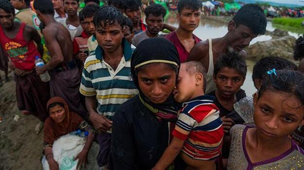 Bangladeş'te mülteci kampındaki heyelanda 5 Arakanlı Müslüman öldü
