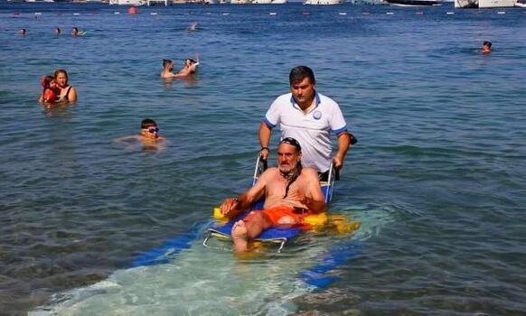 Engelsiz plajlar hayatı kolaylaştırıyor