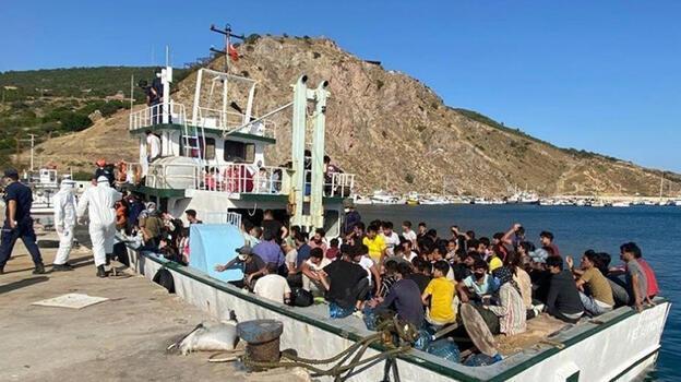 Çanakkale açıklarında 231 düzensiz göçmen yakalandı