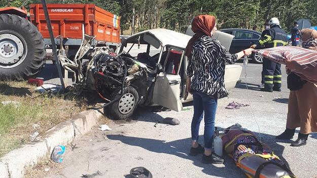 Son dakika... Çorum'da otomobil ile traktör çarpıştı! 3 ölü, 2 yaralı