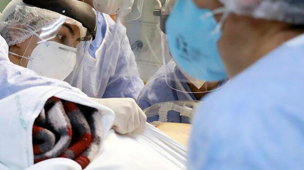 Kazakistan'da koronavirüse yakalananların yüzde 99'u aşılanmayanlar