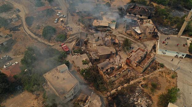 Manavgat ve Akseki'deki orman yangınlarından etkilenen 183 kişi hastanelere başvurdu