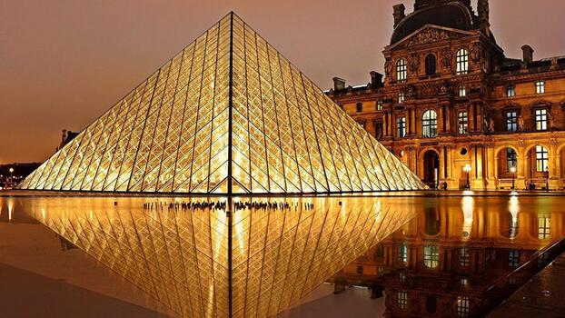 10 maddede Louvre