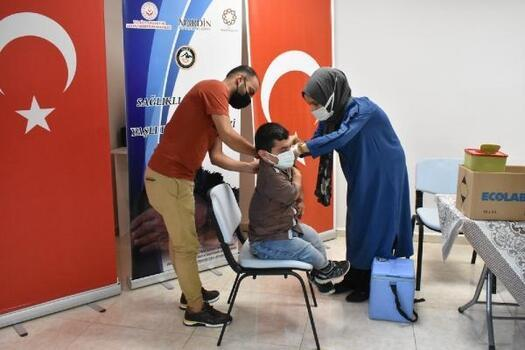 Mardin Büyükşehir Belediyesi'nde aşı seferberliği