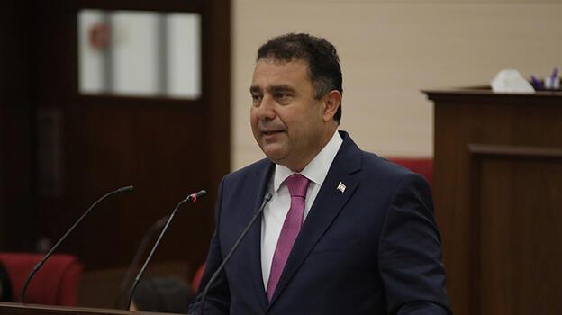 KKTC Başbakanı Saner'den Türkiye'deki yangınlar için'geçmiş olsun' mesajı