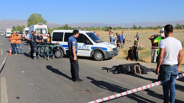 Erzincan'da feci kaza! 2 ölü, 6 yaralı