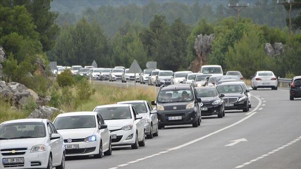 Kurban Bayramı tatilinde yaklaşık 95,5 milyon araç trafiğe çıktı