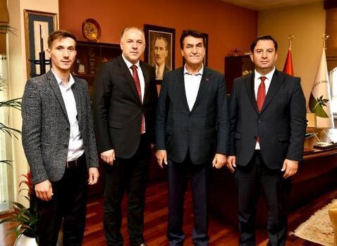 Osmangazi Belediye Başkanı Dündar, Kosovalı misafirlerini ağırladı