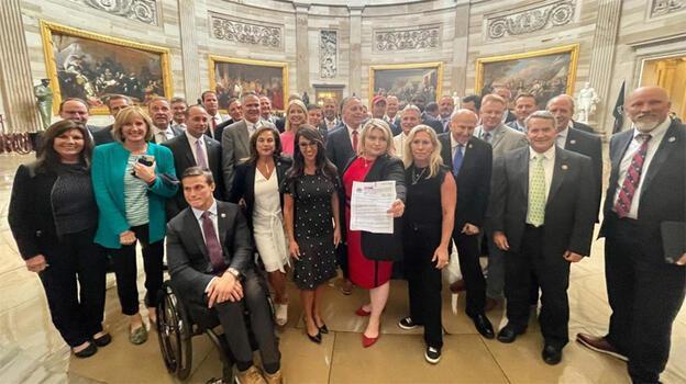ABD Kongresi'nde maske zorunluluğuna karşı eylem düzenlendi