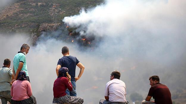 Son dakika... Bakan Pakdemirli son durumu açıkladı! 2 yangın kontrol altına alındı