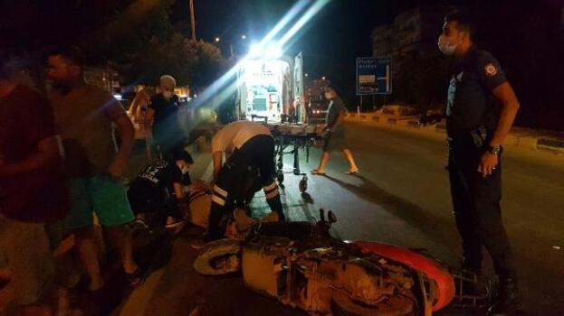 Motosikletle çarpıştı, sürücüler yaralandı