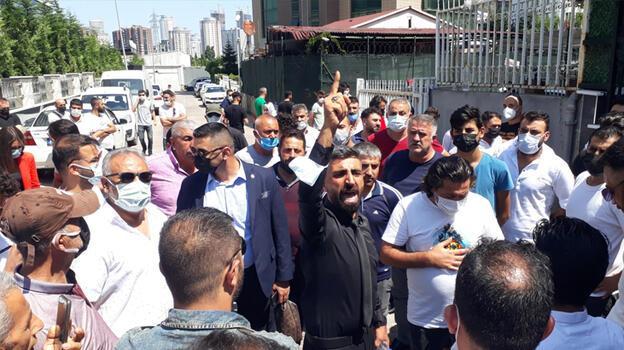 Mağdurlar SAS Holding önünde eylem yaptı