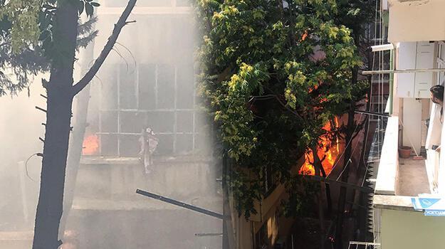 Son dakika... Fatih'te yangın!  3 binaya sıçradı