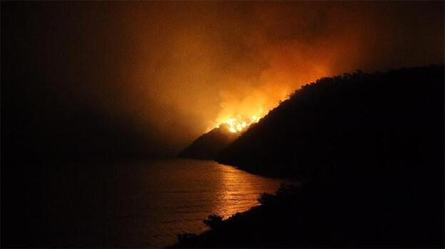 Bodrum'daki yangını söndürme çalışmaları aralıksız sürüyor