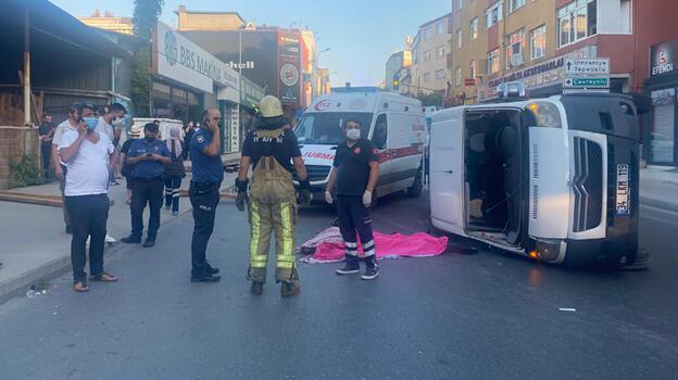 İstanbul'da servis minibüsü kaza yaptı! Ölü ve yaralılar var...