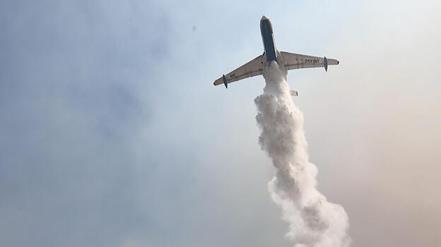 Antalya ve Muğla'da yangınlara 13 uçakla müdahale ediliyor