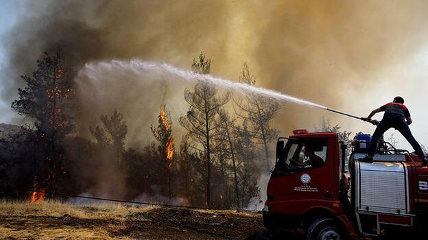 Son dakika! Yangın, Amos Antik Kenti'ne doğru ilerliyor