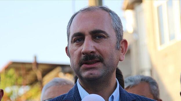 Bakan Gül, Azra Gülendam Haytaoğlu'nun babasıyla telefonla görüştü