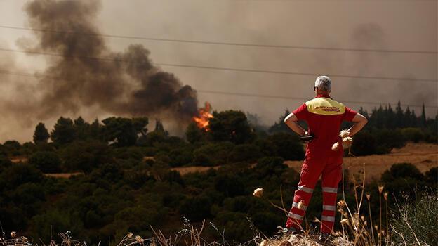 Yunanistan'da ordu yangın söndürme çalışmalarına katılacak