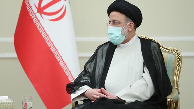 'Baskı ve yaptırım siyaseti İran'ı yasal hakkından vazgeçiremeyecek'