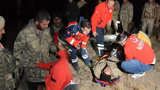 Nemrut Dağı'nda yürüyüşe çıktılar, 2 kişi rahatsızlanınca yardım istediler