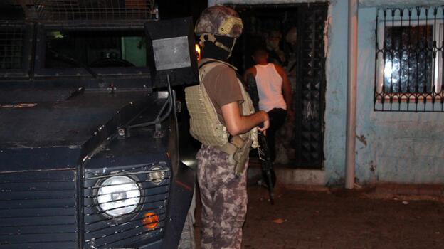 Adana'da şafakta 'torbacı' operasyonu