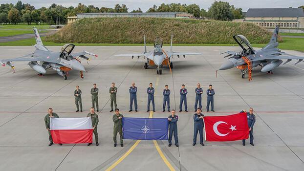 Türk jetleri, NATO'nun 'hava polisliği' görevi sonrası yurda döndü