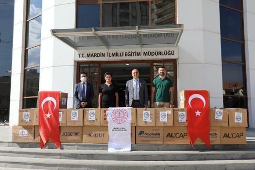 Mardinli iş adamlarından 1200 öğrenciye eğitim seti