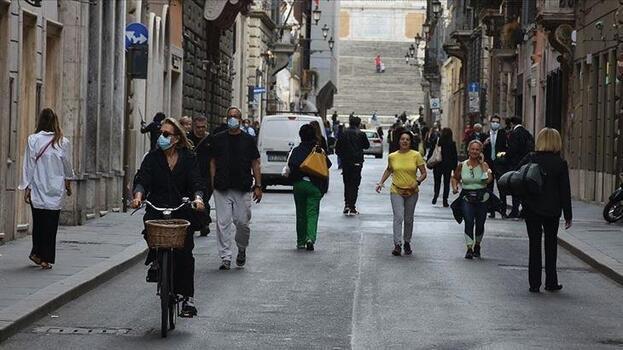 İtalya'da koronavirüsten son 24 saatte 66 kişi öldü