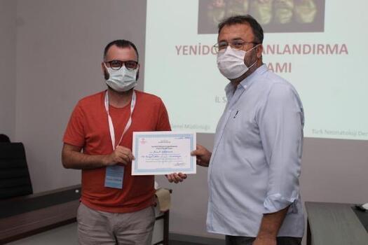 Yenidoğan canlandırma programına katılanlara sertifika