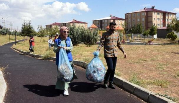 Bitlis'te 'Dünya temizlik günü' etkinliği