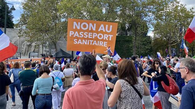 Yine sokaklardalar! Fransa'da Kovid-19 protestoları