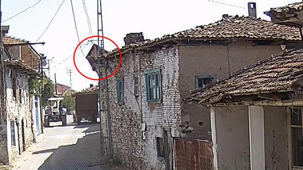 Tarhana sermek isterken 6 metreden düşen yaşlı kadın hayatını kaybetti