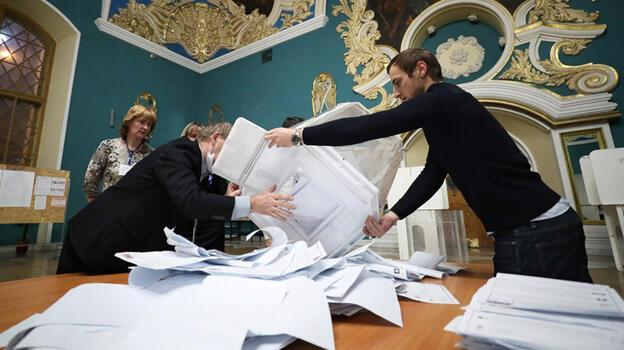 Rusya'da ilk sonuçlar: Putin'in partisi oyların yüzde 46'sını aldı