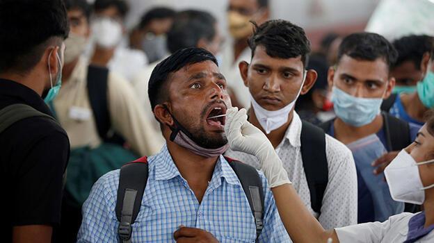Hindistan'da vaka sayısı 6 ayın en düşük seviyesinde