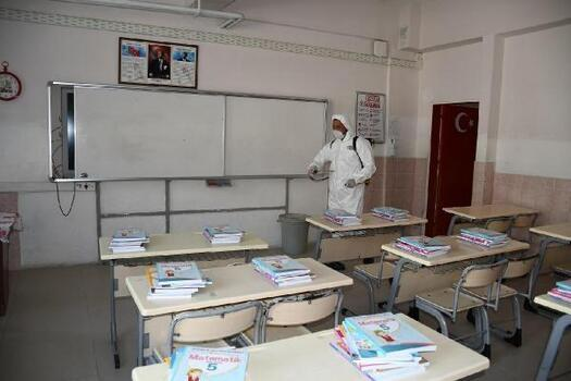 Kuşadası'ndaki okullara hijyen önlemi