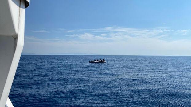 Muğla açıklarında 84 göçmen kurtarıldı